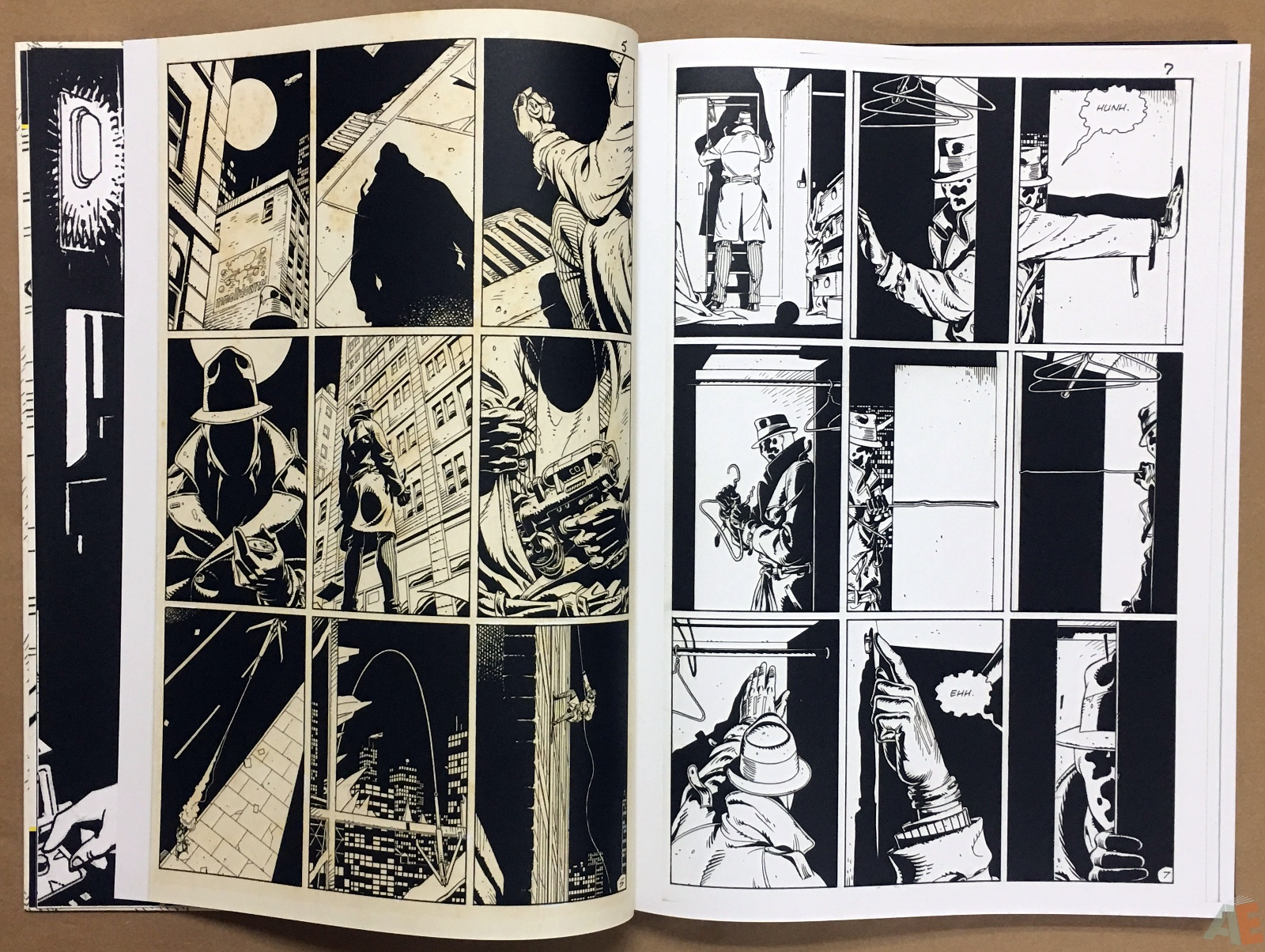 Dave Gibbons Watchmen Artifact Edition 8