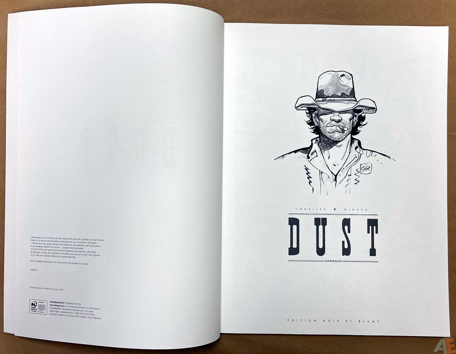 Dust Edition Noir Et Blanc interior 1